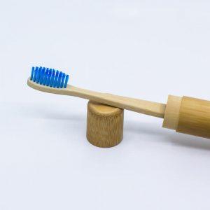 Modrá bambusová zubná kefka –jemná