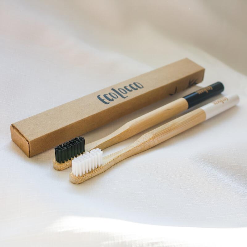 Bambusové zubné kefky –čierne a biele