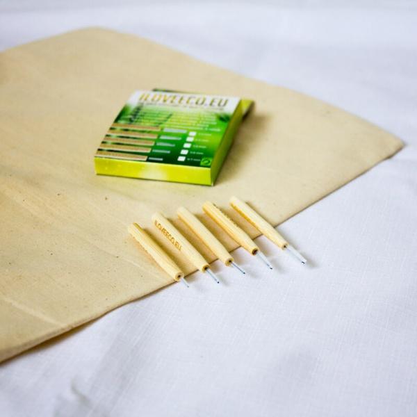 Bambusové medzizubné kefky