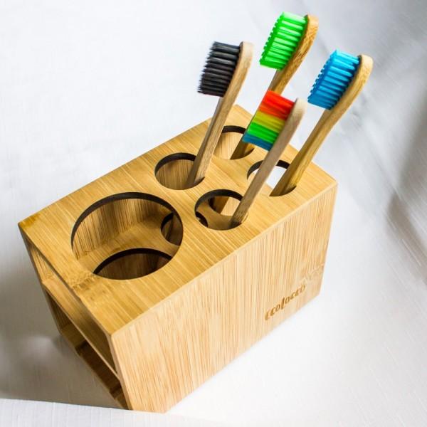 Bambusový stojan na zubné kefky