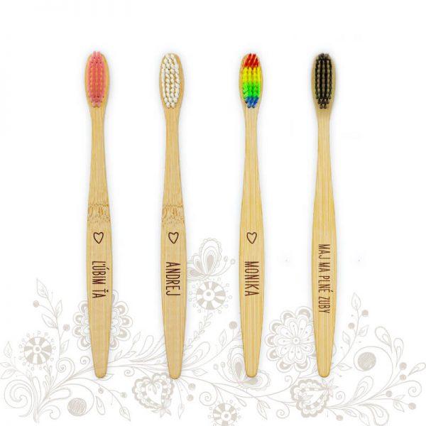 Bambusová zubná kefka s menom